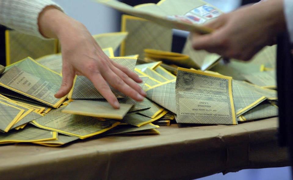 urne, seggi, schede elettorali