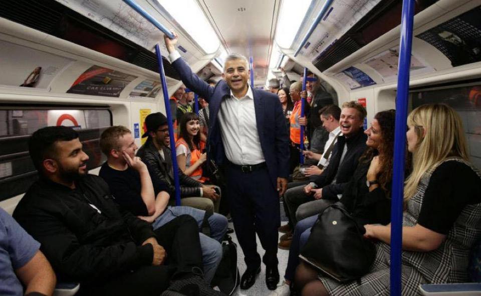 Sindaco di Londra in metro1
