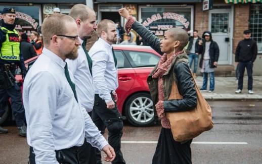Donna sfida neonazi svdesi