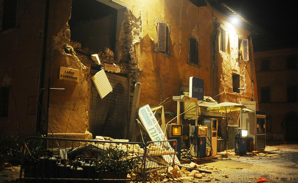 Foto LaPresse - Roberto Settonce 26/10/2016 Terremoto a Visso nella foto: il paese Photo LaPresse - Roberto Settonce 26th October 2 Hearthquake in Visso   in the photo: the city